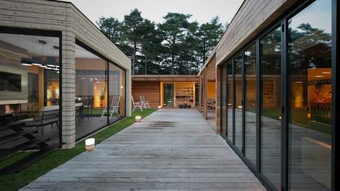 beavers Lodge - Modern - Garden - by Leyvna